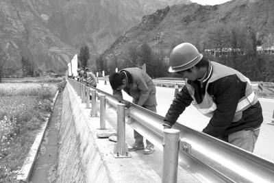 忠县波形护栏生产安装